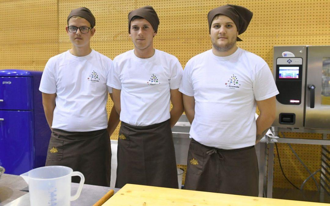 Naš dijak dosegel zlato medaljo na tekmovanju pekov